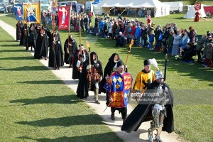A ceremonial procession arrives ahead of the coffin carrying King Richard III for a service at Bosworth Battlefield Heritage Centre on March 22, 2015 in Leicester, England.