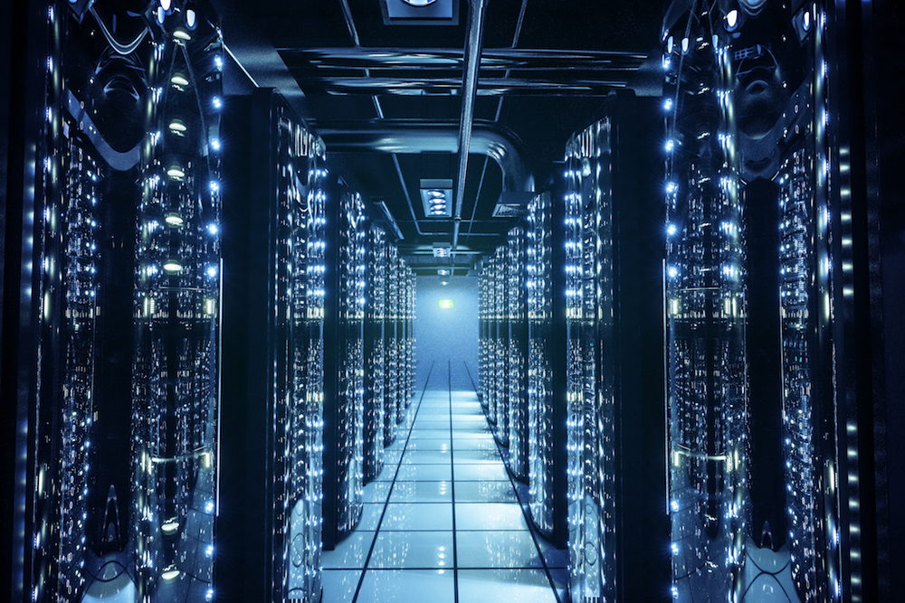 To architect optimal data management and storage solutions for cloud data centers