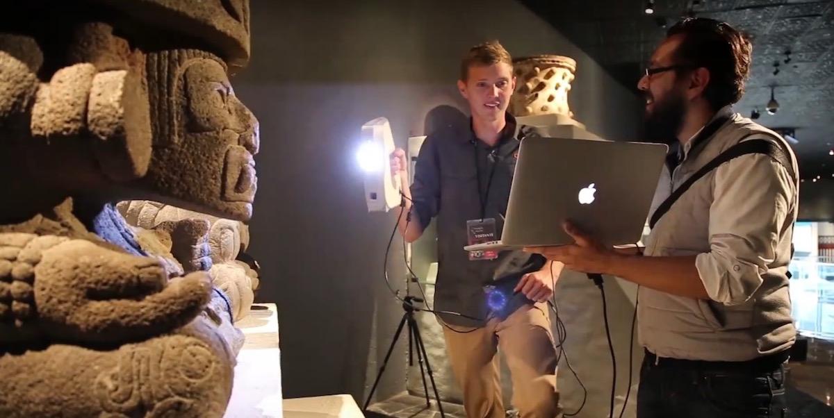 Capturing 3D data points using LIDAR